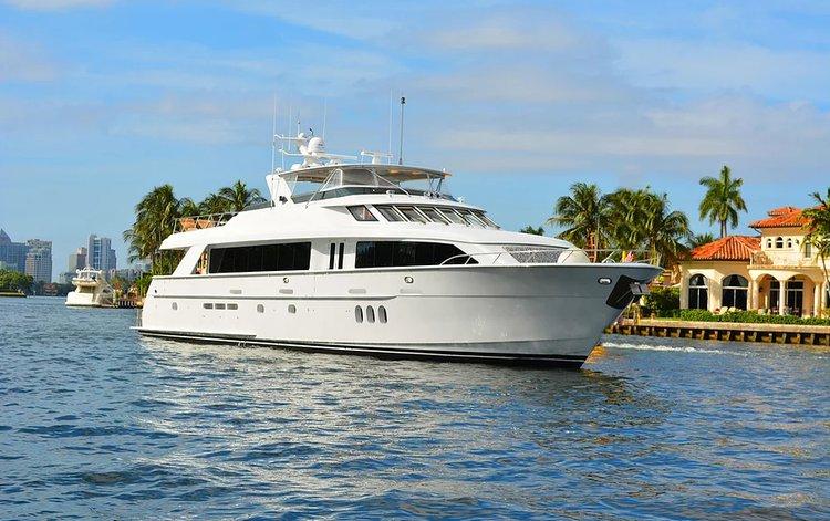 Boat for rent Hatteras 100.0 feet in MBM - Miami Beach Marina, FL