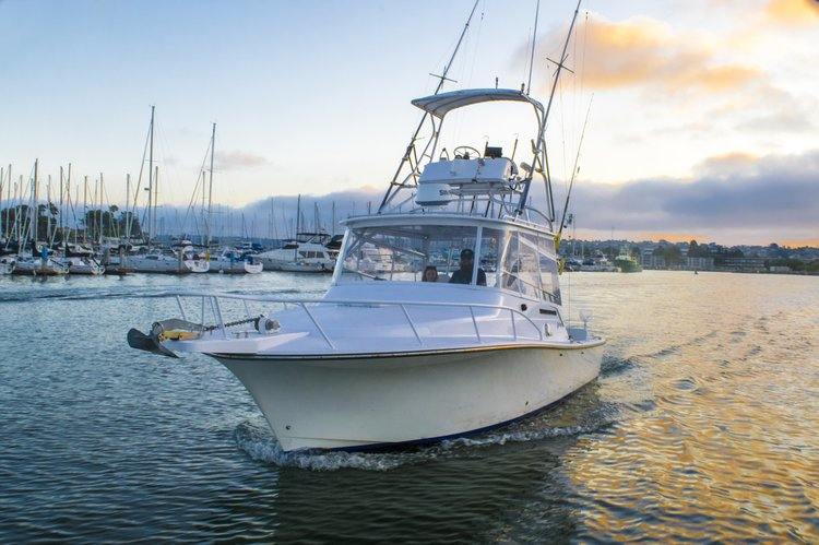 Cruiser boat rental in Cabrillo Isle Marina, CA