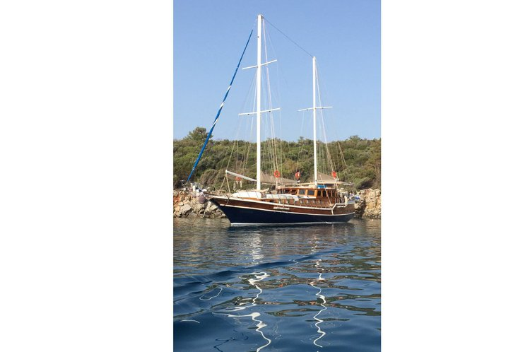Discover Bodrum surroundings on this 2009 Custom boat