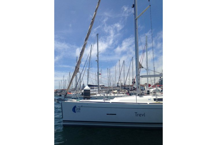 Boat for rent Dufour 45.0 feet in Ponta Delgada, Portugal