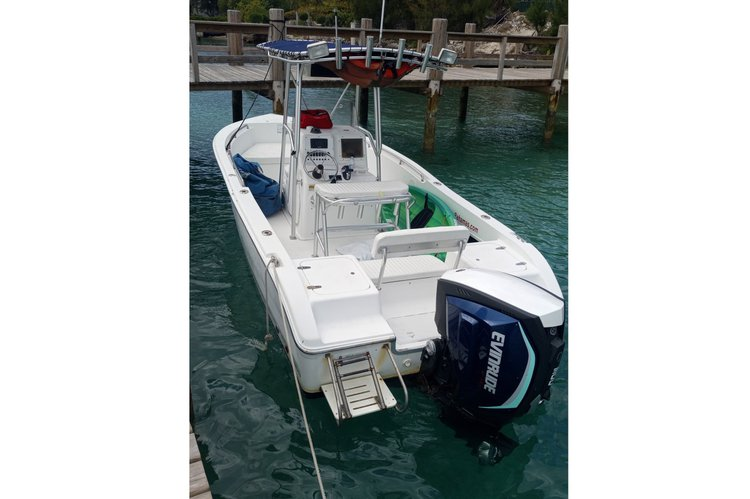 Boat for rent Century 26.0 feet in Paradise Island Ferry Terminal, Bahamas