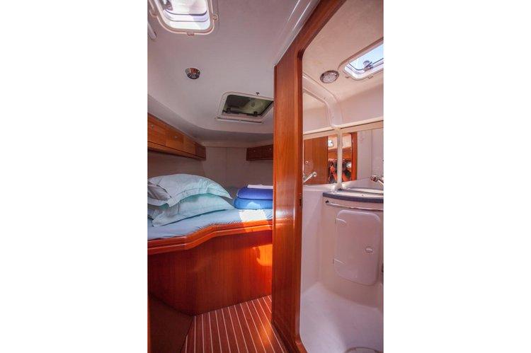 Bavaria boat for rent in Sibenik
