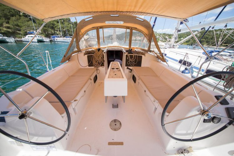 Sloop boat rental in marina zaton, Croatia