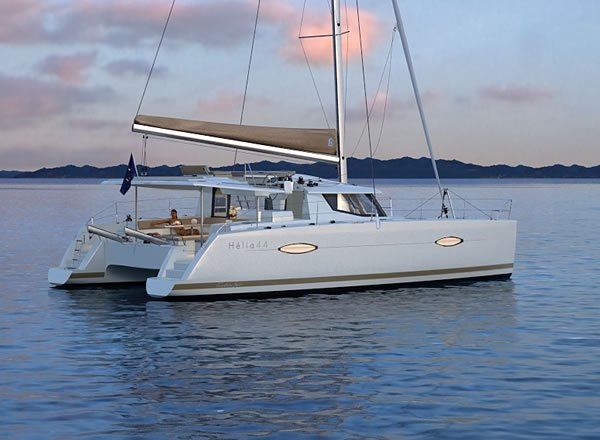 Charter luxurious Helia 44 in Martinique