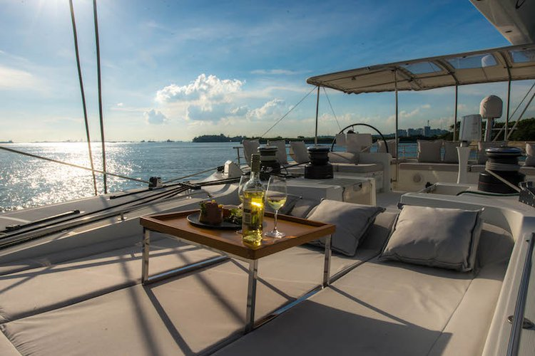 Lagoon boat for rent in Phuket