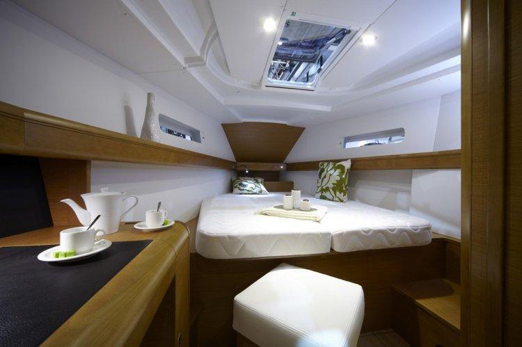 Sloop boat rental in Dubrovnik, Croatia