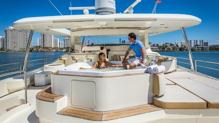 Boating is fun with a Azimut in Aventura