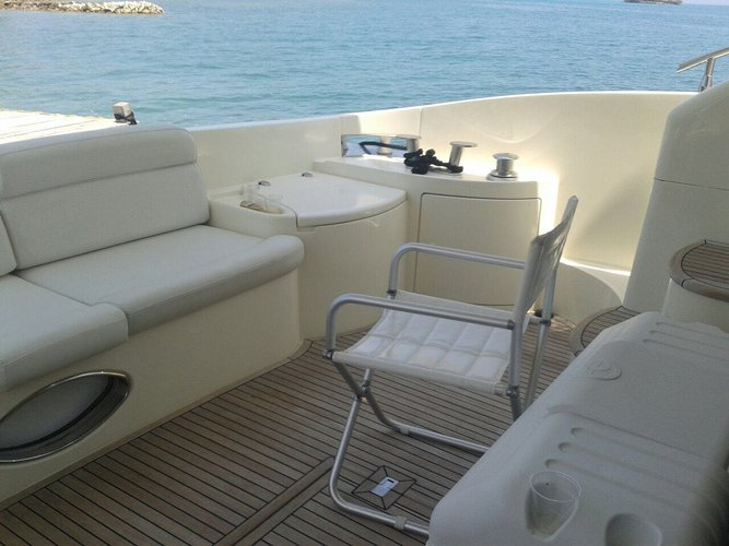 Boating is fun with a Azimut in Cartagena