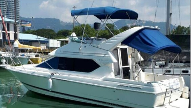 Relax on board our 30' motor yacht charter in Penang, Malaysia