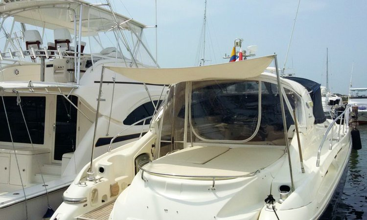 Boat for rent Cranchi 51.0 feet in Marina Santacruz, Colombia