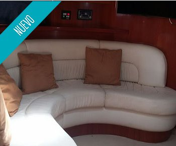 Motor yacht boat for rent in Bolívar
