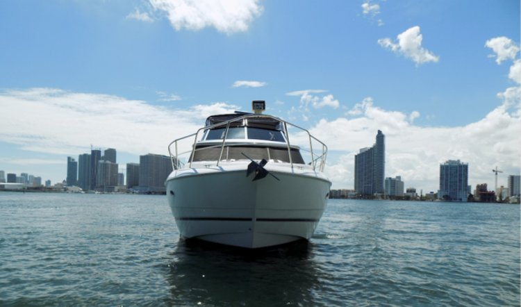 Boat for rent Cruisers 48.0 feet in Sea Isle Marina & Yachting Center, FL