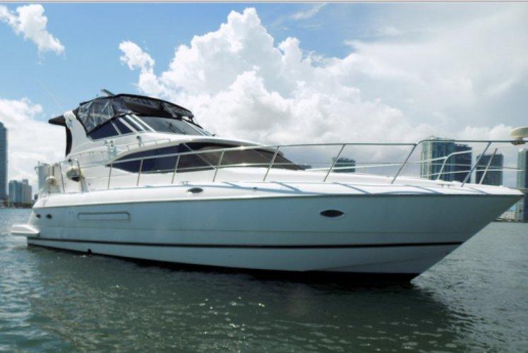 This 48.0' Cruisers cand take up to 12 passengers around Miami