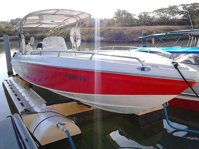 29.0 feet Custom in great shape