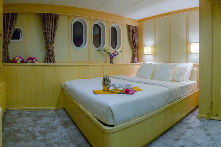 Boat for rent Ferretti Customized 79.0 feet in Male,