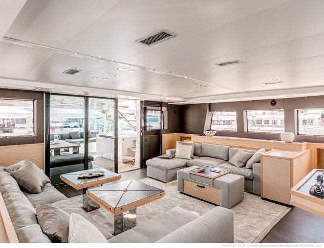 Discover Road Town surroundings on this 630 Lagoon boat