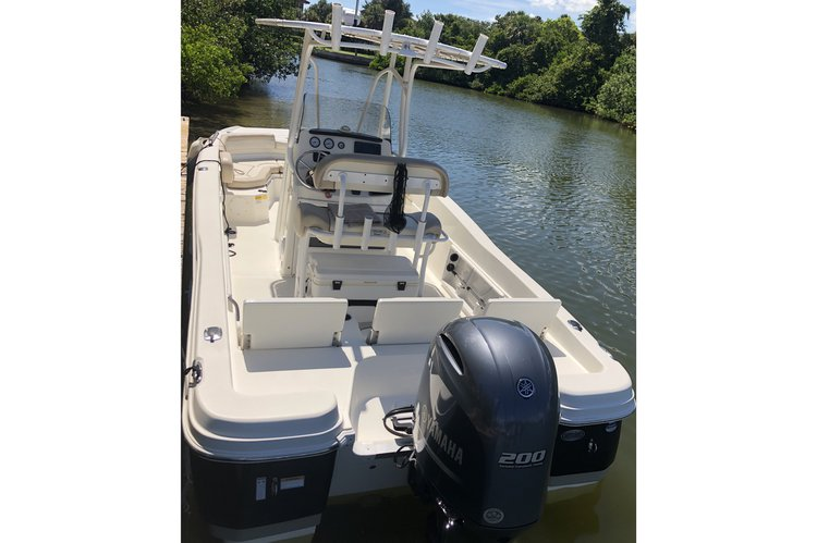 Boat for rent NauticStar 23.5 feet in Bradenton, FL