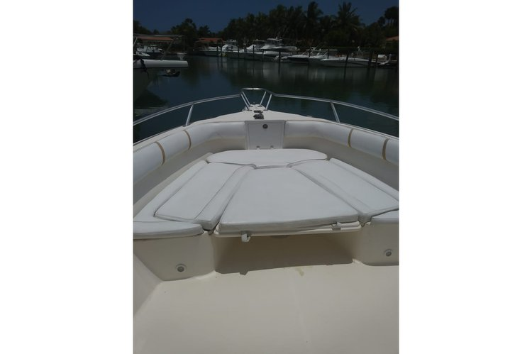 Boat for rent Promarine 33.0 feet in Casa de campo, Dominican Republic