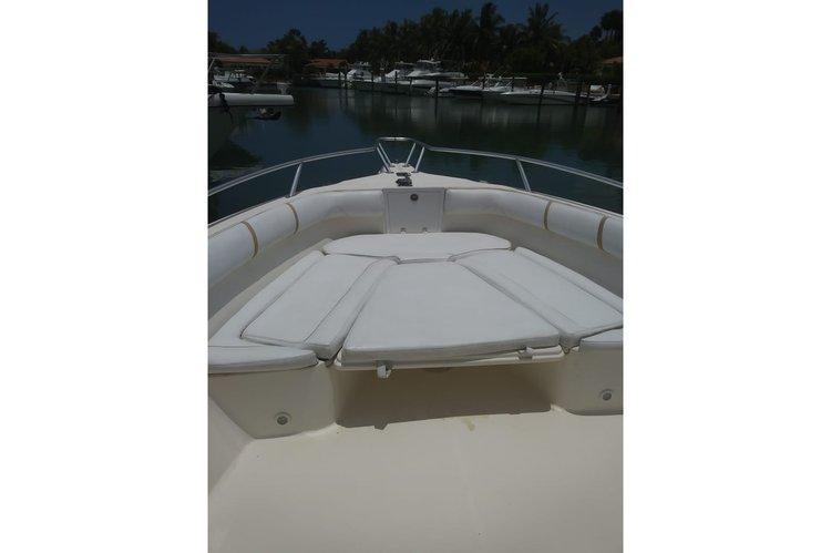 Boat for rent Promarine 33.0 feet in Casa de campo,