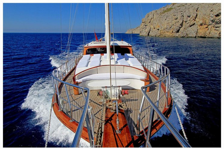 Boating is fun with a Motorsailer in Marmaris