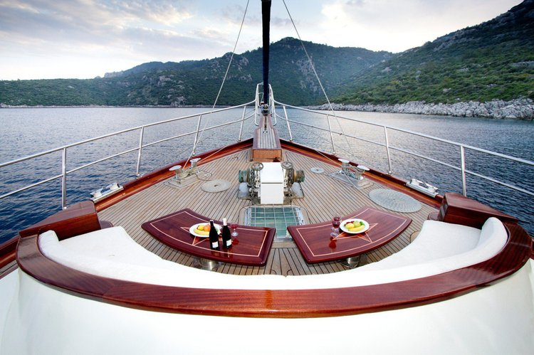 Boating is fun with a Motorsailer in Marmaris