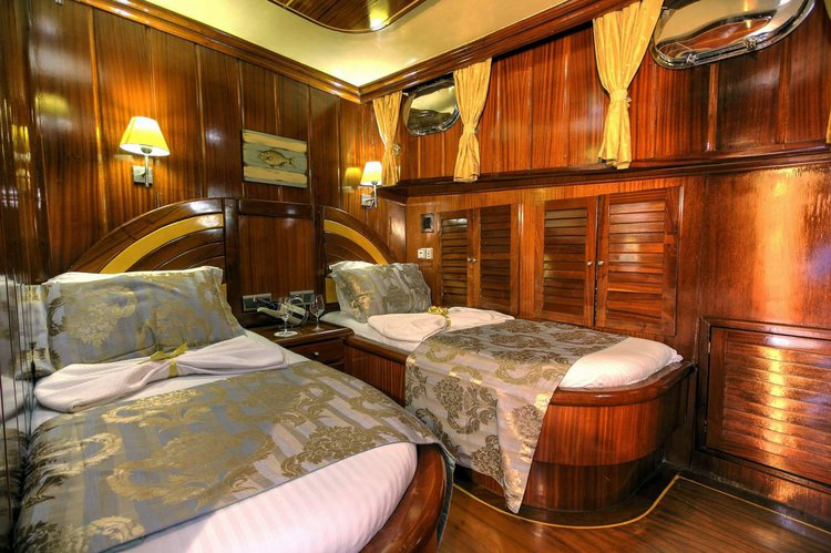 Discover Marmaris surroundings on this Gulet Custom Built boat