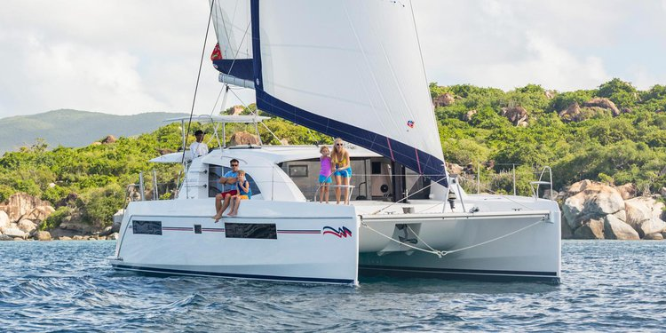 Escape from the busy life & BVIs aboard Moorings 4000