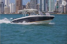 Chill in style  in Cartagena, Colombia aboard Bravo 410