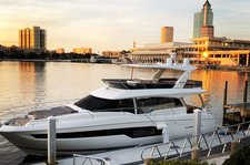 New Luxurious  Motor Yacht Perfect for Day Charters or Events