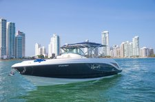 Have ultimate fun with your loved ones in Cartagena, Colombia aboard Tuna 38