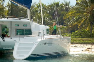 Set you dreams in motion in Colombia aboard 44 ft sailing CAT