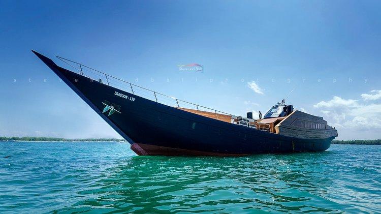 Motor yacht boat rental in Sunrise Point Mertasari Sanur, Indonesia