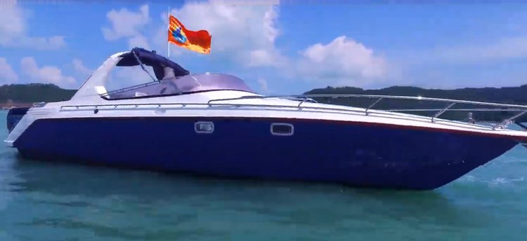 Express cruiser boat for rent in Langkawi