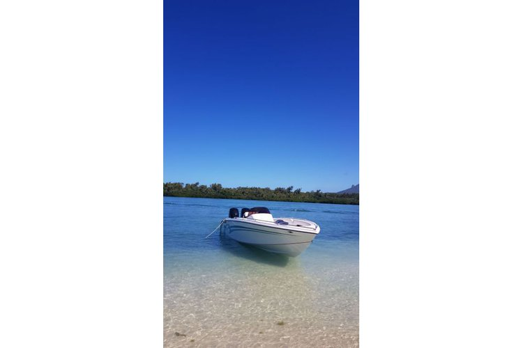 Boat for rent Custom 28.0 feet in Trou D'Eau Douce, Mauritius