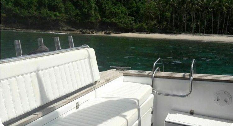 Discover Nusa Dua surroundings on this Custom Custom boat