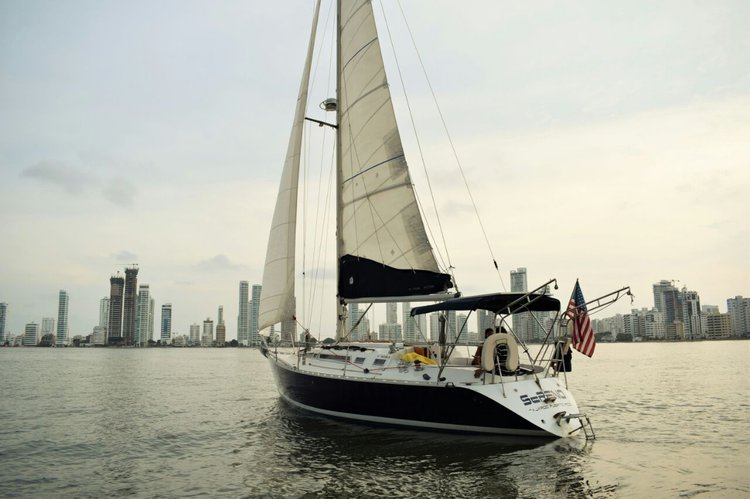 Motorsailer boat for rent in Cartagena