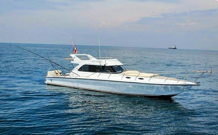 Explore Indonesia on our comfortable motor boat for charter