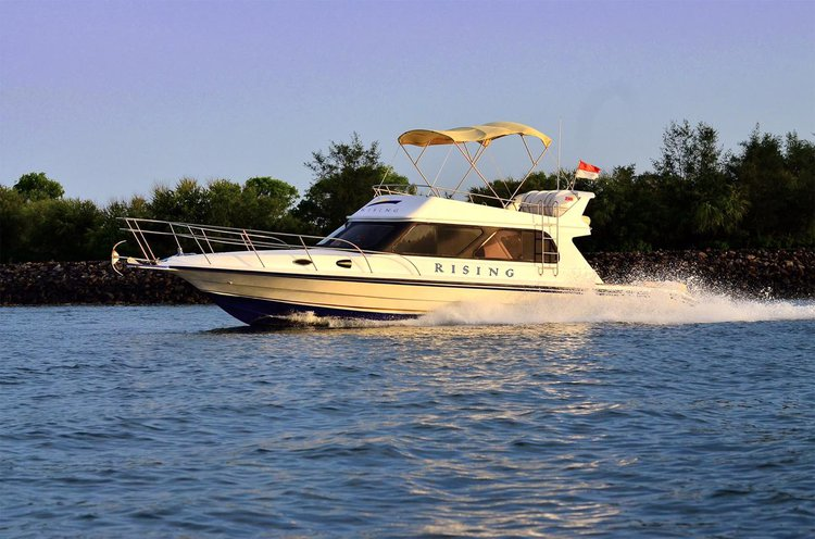 Climb aboard this 39 ft motor boat for a great experience!