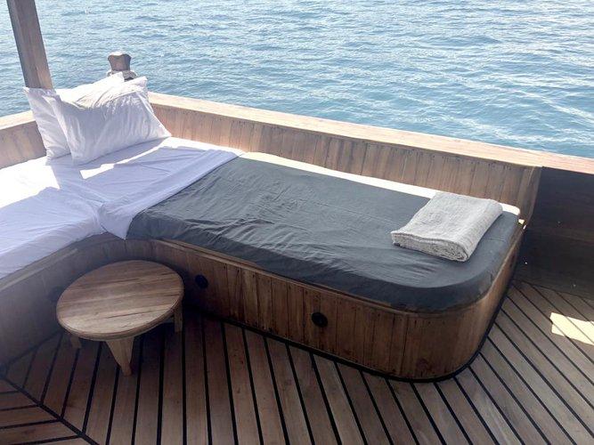 Motor yacht boat rental in Bali,