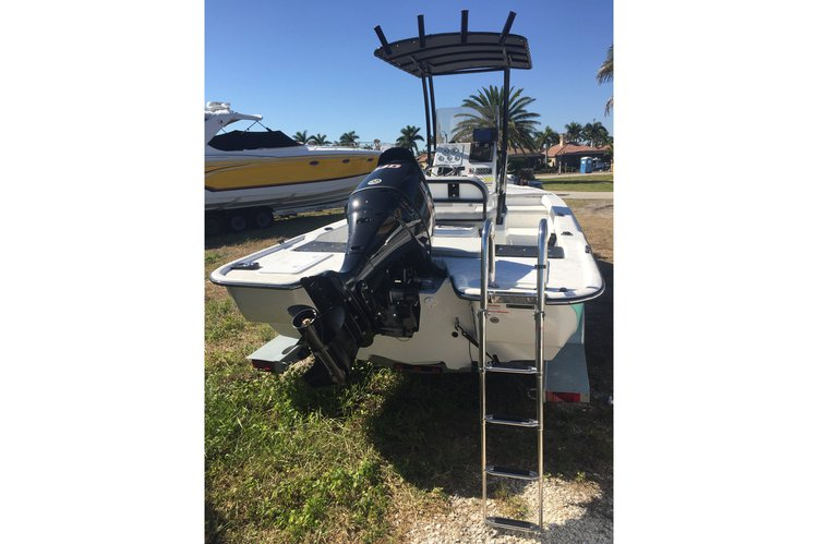Center console boat for rent in Fort Lauderdale