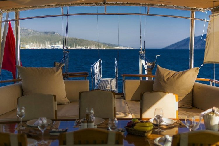Discover Corfu surroundings on this GULET Turkey boat