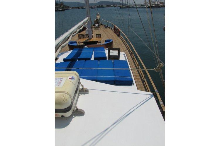 Ketch boat rental in Naok Corfu, Greece