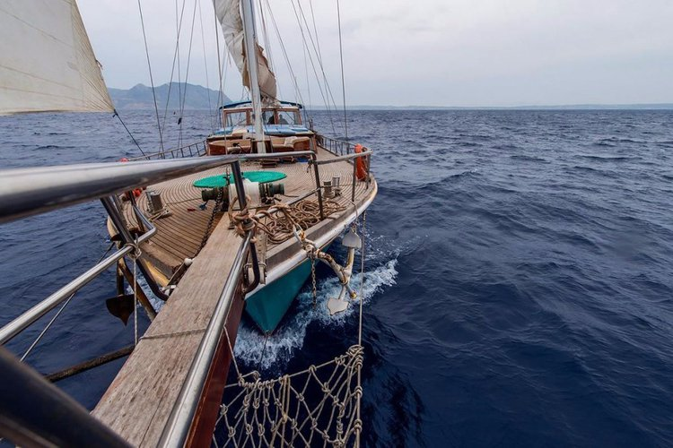 Ketch boat for rent in Corfu