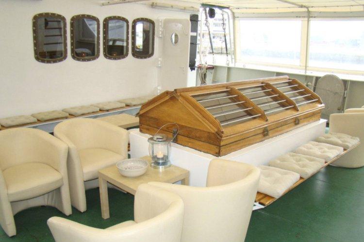 Boat for rent Classic 167.0 feet in Doca Rocha Conde de Óbidos, Alcântara, Portugal