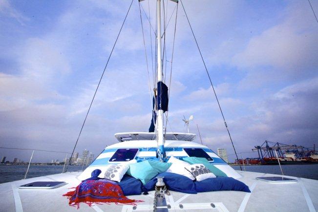 Custom's 35.0 feet in Cartagena