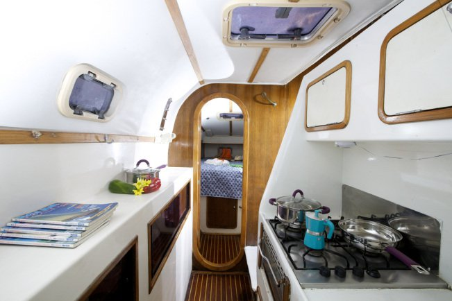 Discover Cartagena surroundings on this Custom Custom boat