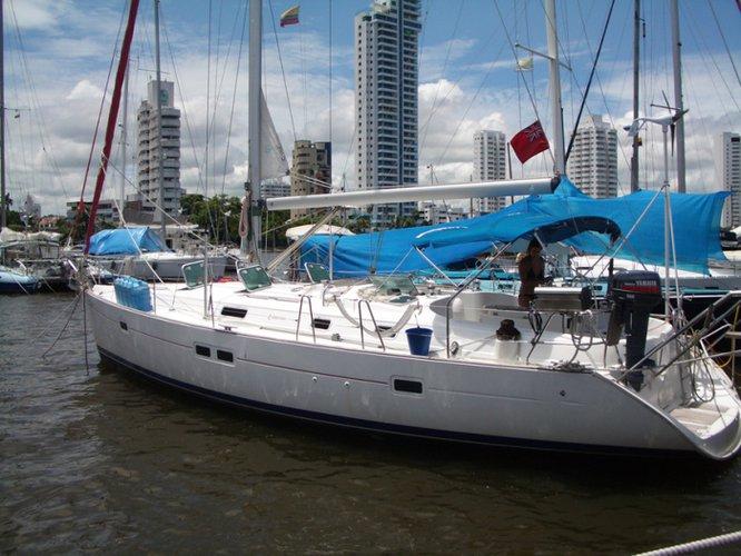 Motorsailer boat rental in Cartagena, Colombia