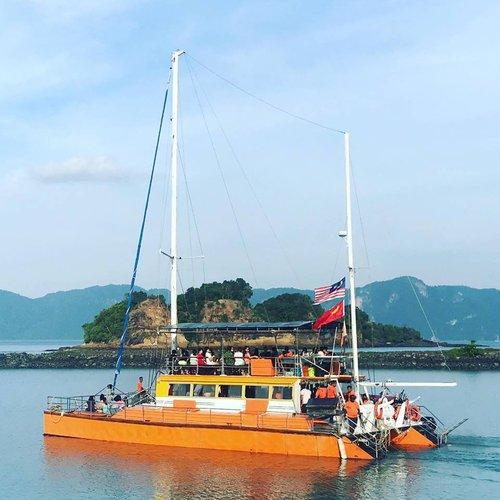 Catamaran boat for rent in Langkawi