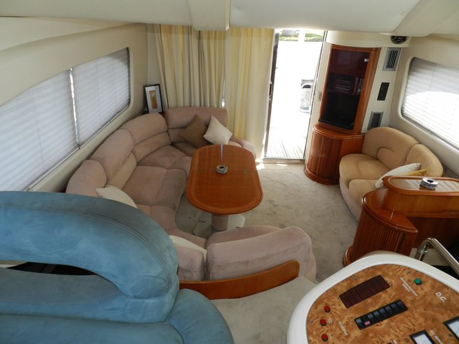 Azimut boat for rent in Cancún