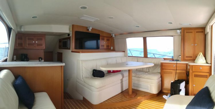 Up to 10 persons can enjoy a ride on this Cuddy cabin boat